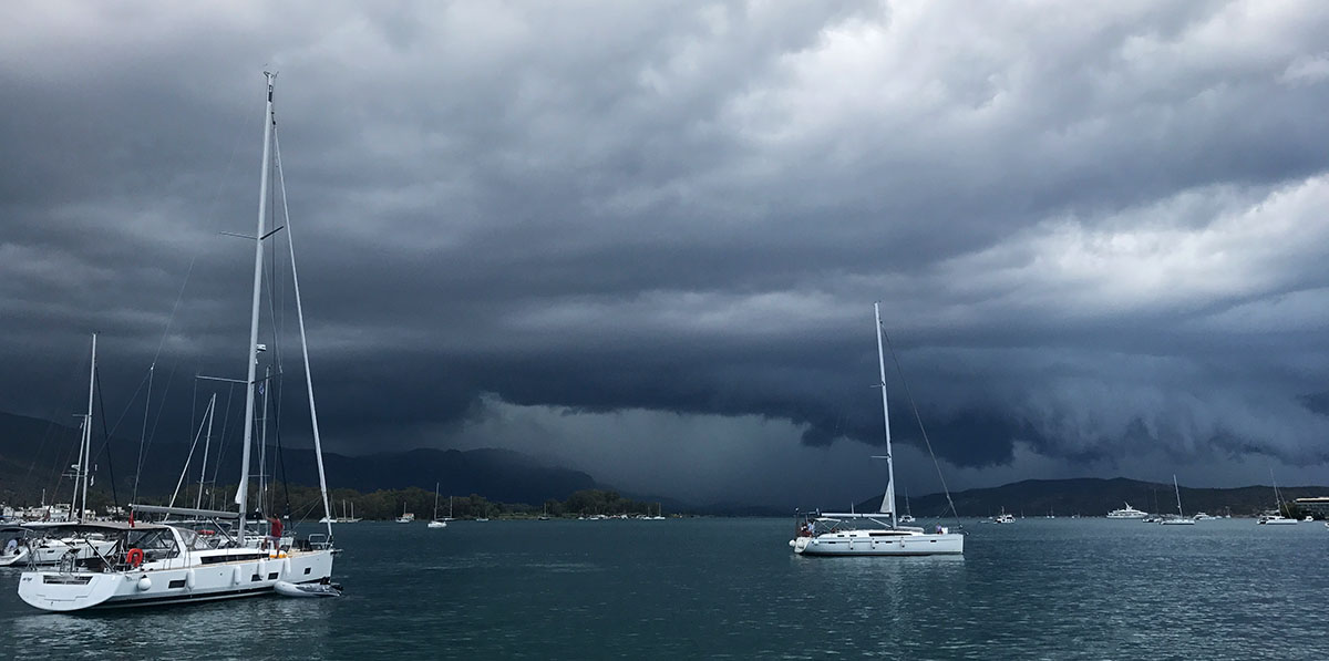 Thunderstorm Poros
